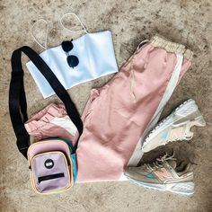 @fashioninspiracoes2 Dance Outfits, Kids Outfits, Cool Outfits, Casual Outfits, Kpop Fashion Outfits, Womens Fashion, Diy Vetement, Crop Top Outfits, Tumblr Outfits