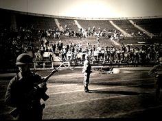 Imagenes estadio nacional ,1973