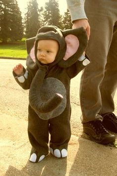 What a cute elephant - loving the feet :o) #halloweencostumes #provestra