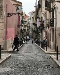 Another day #walking through the beautiful streets of #chiado #lisbon #portugual