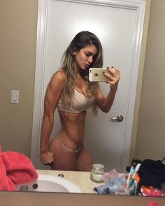 Anllela Sagra Colombian Fitness Motivation
