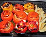 Domátes kai Piperjés Jemistés (Gevulde tomaten en paprika's) | Griekse Weetjes