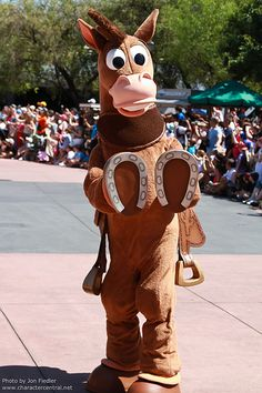 *BULLSEYE ~ (Toy Story) at Disney Character Central