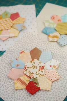 Dresden Plate blocks--never thought to use a hexagon instead of a circle-might…