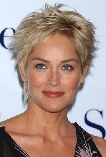 Sharon Stone filmleri. Ünlü Sharon Stone hakkında bilmek istediğiniz herşey.