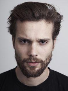 Guys with facial hair. Just Beautiful Men, Pretty Men, Beautiful People, Facial Hair Growth, Mens Facial, Beard Boy, Perfect Beard, Hair And Beard Styles, Great Hair