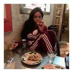Seo Herin, South Korean Girls, Korean Girl Groups, Airport Fashion Kpop, Apink Naeun, Son Na Eun, Uzzlang Girl, Cube Entertainment, The Most Beautiful Girl