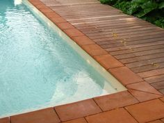 margelles terre cuite beaujolais parquet Foyers, Decoration, Beaujolais, Tub, Outdoor Decor, Home Decor, France, Inspiration, Gardens