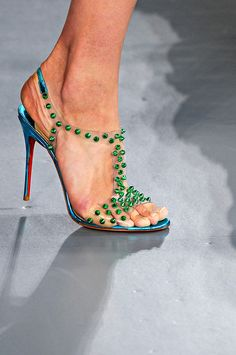Christian Louboutin J-Lissimo Spikes Sandals 100 Green Red Bottom Shoes, Top Shoes, Me Too Shoes, Women's Shoes, High Heels Outfit, Red High Heels, Jimmy Choo, Christian Louboutin Outlet, Prada