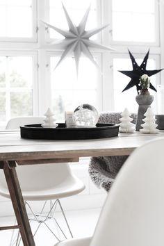 Holiday bloggerfavourites - desire to inspire - desiretoinspire.net | holiday trends 2013 - black & white
