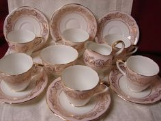 Elegant Laurie & CO Bone china Gilt in pink Demitasse 14 pc set 6 cup & saucer