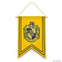Hufflepuff Crest™ Pillow | Hufflepuff™ | Warner Bros Studio Tour London