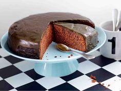 In Finnish Baking Recipes, Dessert Recipes, Desserts, Baking Ideas, Mocca, Piece Of Cakes, Deli, Cake Pops, Cupcake Cakes