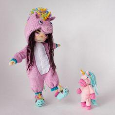 Made by Mint Bunny Crochet Patterns Amigurumi, Amigurumi Doll, Plush Dolls, Cute Crochet, Knit Crochet, Crochet Hats, Crochet Classes, Crochet Projects, Knitted Dolls