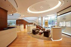 Breguet Boutique in Shanghai. Architects: Studioforma Associated - Lighting products: iGuzzini illuminazione - Photographed by YeaStudio #iGuzzini #Light #Lighting #shop #experience #Jewellers #interior