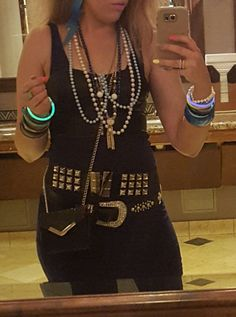 Channeling my inner 80's, diy 80's rock costume, inside this blog it has both a man and women costume. Halloween diy costume, 80s rock costume, Madonna outfit, forever21 80s outfit Pinterest @gorgeoussmg