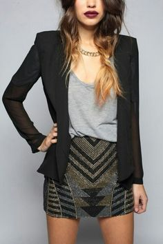 I love everything about this outfit, especially the lips+ombre.