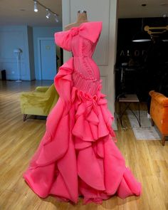Stunning Valdrin Sahiti Custom Couture Gown! Find the perfect gown with Pageant Planet! Browse all of our beautiful prom and pageant gowns in our dress gallery.  There's something for everyone, we even have plus size gowns! #gown #dress #pageant #prom #couture #promgown #promdress #pageantgown #pageantdress #eveninggown #glam #sparkle #model #valdrinsahiti