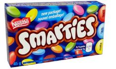 """Where else could you find chocolate covered Turkish delight, purple gum that tastes like soap,and the real """"Smarties"""". What is your favouite Canadian Candy? Canadian Chocolate Bars, Nestle Chocolate, Chocolate Factory, Chocolate Covered, Canadian Snacks, Canadian Candy, Canadian Gifts, British Candy, Canadian Things"""