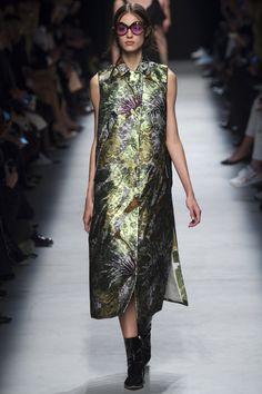 Rochas Spring 2016 Ready-to-Wear Fashion Show - Marjan Jonkman