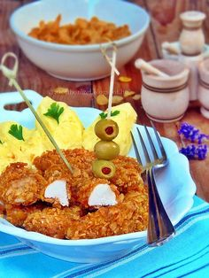 Ropogós csirkefalatok Macaroni And Cheese, Chicken Recipes, Food And Drink, Meat, Breakfast, Ethnic Recipes, Morning Coffee, Mac And Cheese