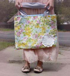 Craft Of The Day - DIY Turn Pillowcase into Tote Bag / or use coordinating cases and patchwork, and of course, quilt!