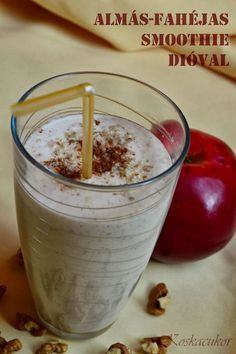 Koskacukor: Almás-fahéjas smoothie dióval Ketogenic Recipes, Diet Recipes, Vegan Recipes, Healthy Drinks, Healthy Eating, Healthy Food, Keto Results, Health 2020, Chia Pudding