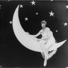 moon moonlight new moon star crescent moon flapper crescent Jazz Age bobbed hair bob haircut paper moon twenties short bob the rolling twenties Paper Moon, Flapper Girls, Flapper Hair, Moon Photos, Luna Lovegood, Flappers, Moon Art, Celestial, Moon Child