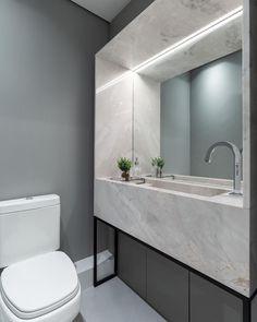 Cor cinza: 60 ideias para usar o tom na decoração com muita criatividade Bathroom Lighting, Decoration, Architecture Design, Toilet, Mirror, Furniture, Home Decor, Alice, Instagram