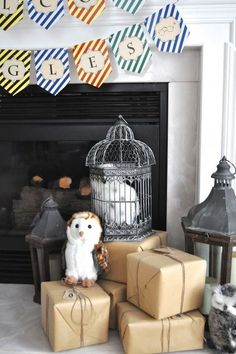 How sweet is this DIY Hedwig display for your Harry Potter party?!