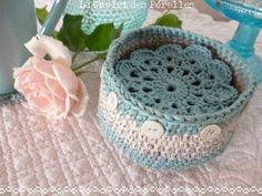 Made with Natura Just Cotton DMC; links to English directions for coasters and bowl