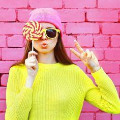 """5 Sätze, mit denen du bekommst, was du willst - """"Es will dir einfach nicht gelingen, deinen Willen durchzusetzen? Diese Sätze könnten dir dabei helfen ..."""" Reasons To Smile, Being Happy, Fractions, Naughty Wife, Simple Sentences, Lifestyle, Psychology"""