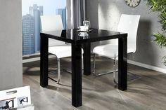 """Lassen Sie den Esstisch """"LUCENTE"""" zum Design-Highlight in Ihren vier Wänden werden! Das zeitlose Design mit Hilfe der hochglanz Lackierung in schwarz erfüllt durch die Spiegelungen jeden Raum mit Licht. Modern und gradlinig im Charakter, fügt sich der Tisch in nahezu jedes Wohn-Ambiente ein. Ob in der offenen Küche, dem Esszimmer oder in einem Teil des Wohnzimmers - bei diesem Tisch hat man immer das Gefühl: Genau dieser und kein anderer gehört hierhin!"""