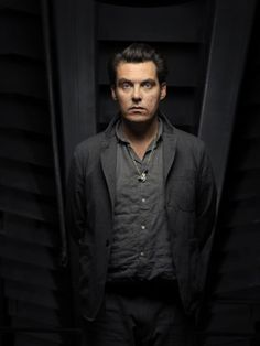 Director Joe Wright on opening up #AnnaKarenina by going small in The Washington Post!