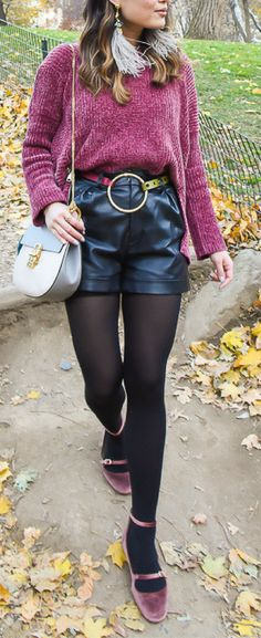 Layersofchic style blog, leather shorts outfit fall, trendy fall outfits 2017, chunky sweater outfit. Get the look on www.layersofchic.com