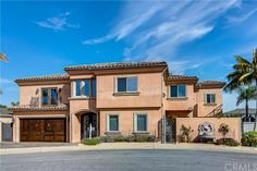 Property 3301 Devon Circle, Huntington Beach, CA 92649 - MLS® #RS16081986 - One of a kind home on much sought after Admiralty Island. This stunning waterfront residence features generous indoor/ou