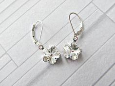 Crystal daisy earrings Swarovski daisy crystal by AllthingsBAB