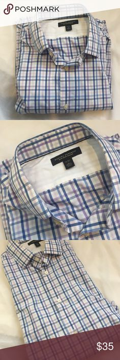 BANANA REPUBLIC Plaid Button Down Shirt Nice shirt! Good condition. Worn a few times. Banana Republic Shirts Casual Button Down Shirts