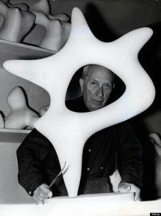 Jean Arp or Hans Arp, in Strasbourg in Plaster Sculpture, Sculptures Céramiques, Stone Sculpture, Abstract Sculpture, Sculpture Art, Jean Arp, Van Gogh Art, 3d Studio, Famous Artists