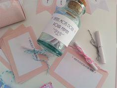 Petits mots doux pour maman, à personnaliser avant de les rouler et ficeler, et de les glisser dans un joli pot en verre. Retrouvez le kit complet à imprimer sur www.tetedecoucou.com