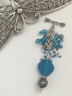 Turquoise and White Beaded Pendant Necklace #135