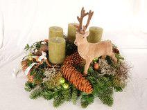Adventskranz frisch Landhaus Weihnachtsdeko Hirsch