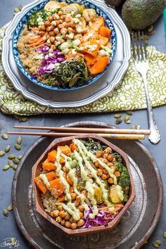 Roasted Vegetable Buddha Bowl : Don't worry about making your work lunch in the morning, make them ahead of time with this collection of healthy and delicious lunch bowl recipes! Easy Healthy Recipes, Lunch Recipes, Healthy Snacks, Vegetarian Recipes, Healthy Eating, Cooking Recipes, Lunch Meals, Kid Snacks, Lunch Snacks