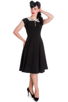 Hell Bunny Plus Size Vintage Classic Monologue Fit and Flare Dress Black) b1b81f60c0