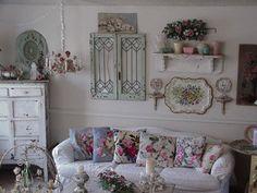 vintage shabby cottage