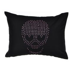 Betsey Johnson Bedding 'Punk Princess' Skull Pillow (€36) ❤ liked on Polyvore featuring home, home decor, throw pillows, black, black accent pillows, black throw pillows, skull throw pillow, black home decor and betsey johnson home decor