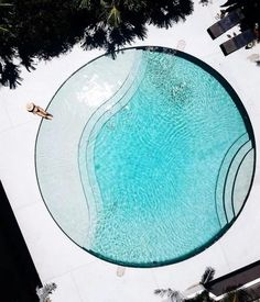 Bucket list pool to visit —> Hotel! Wishing it was going to warm this weekend, but looks like it's not going to be… Villa Design, Design Hotel, House Design, Luxury Swimming Pools, Dream Pools, Swimming Pool Designs, Swimming Pool Plan, Swimming Pool Architecture, Exterior Design