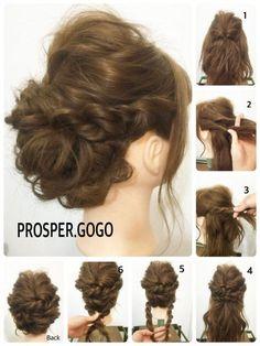 クルリンパ+ツイストの簡単アレンジ♪*・゚ how to... 1、トップの髪をクルリンパします。 2、サイドの髪を上下に分けて、 3、くるくるツイスト(綱引きの縄みたいなイメージ)して、毛先をピンで固定します。 4、もう一方のサイドも同様にツイストしたらピンで固定。 5、えり足の髪を左右に分けて、それぞれツイストします。 6、クロスしてピンで固定したら完成です♪*・゚