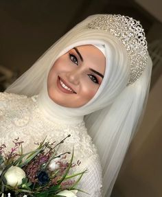 Tesettür Gelin Tacı Modelleri You can find different rumors about the history of the marriage dress; tesettür First Narration; Muslim Wedding Gown, Hijabi Wedding, Muslimah Wedding Dress, Muslim Wedding Dresses, Muslim Brides, Muslim Dress, Hijab Dress, Bridal Dresses, Wedding Gowns