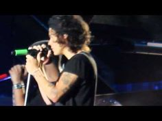 Right Now - One Direction Gillette Stadium 8/9/14 - YouTube